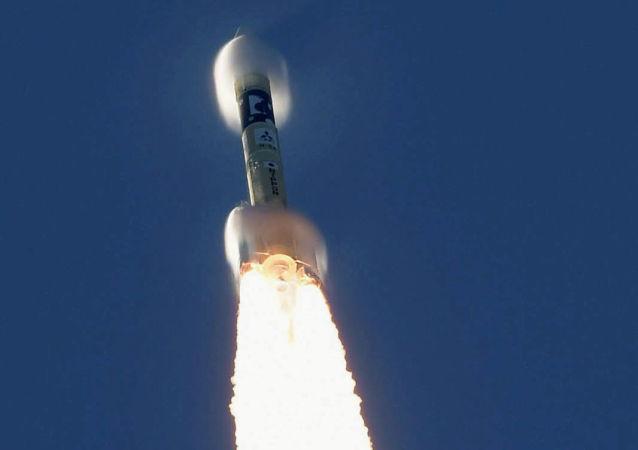 日本私人公司第三次成功发射MOMO火箭