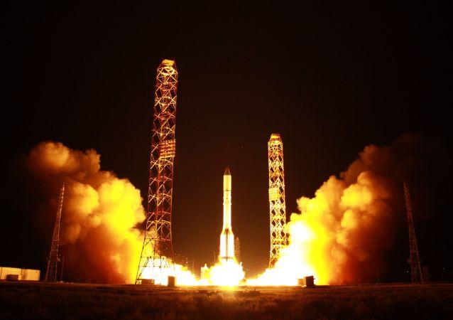 消息人士:俄兩顆「快車」通信衛星的發射推遲到12月