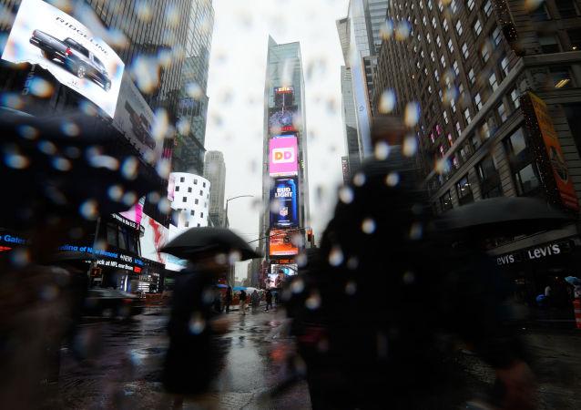 纽约市长宣布因暴雨该市进入紧急状态