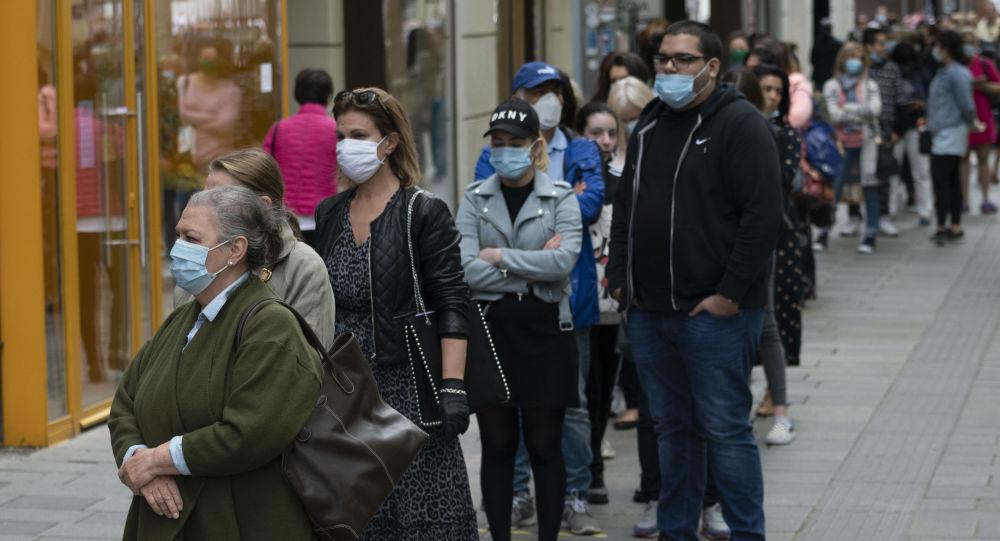 媒體:奧地利新冠病毒患病率出現新一輪激增 單日新增病例超800例