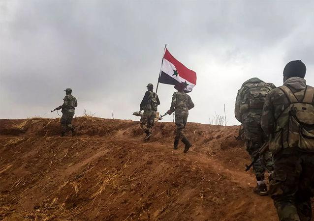 卫星通讯社记者报道称,叙利亚军队已进入武装分子在德拉亚市的最后一个据点