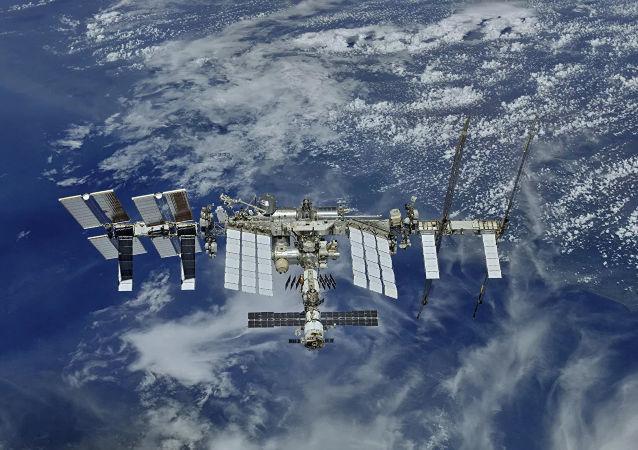 """俄方建议美国检查国际空间站""""老爷舱"""""""