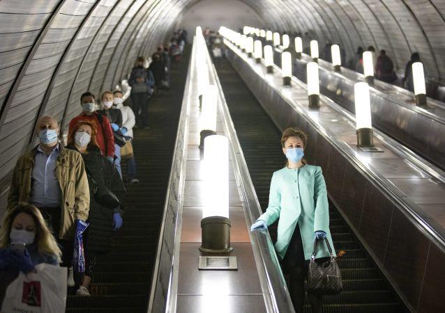 普京:莫斯科是采取协调有效行动抗击新冠疫情的典范