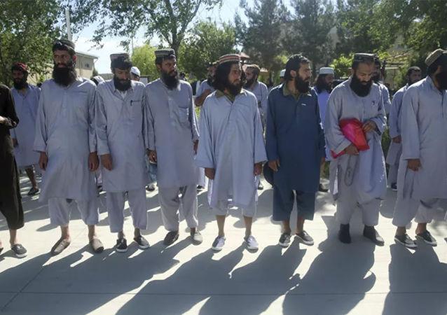 塔利班囚犯