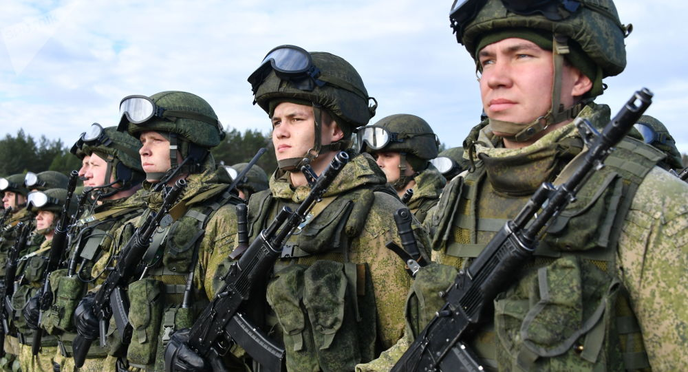 俄武装力量在加里宁格勒的新师将在秋天达到战备状态