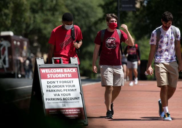美国因疫情禁止国际学生在美上在线课程