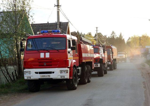 俄罗斯梁赞州起火仓库的弹药被存放在43个露天场地