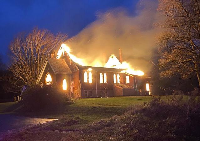 加拿大又有兩座天主教堂被燒毀 已是一周內第二起類似事件