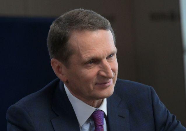 俄對外情報局局長想詢問軍情六局局長關於英國間諜對俄活躍情況
