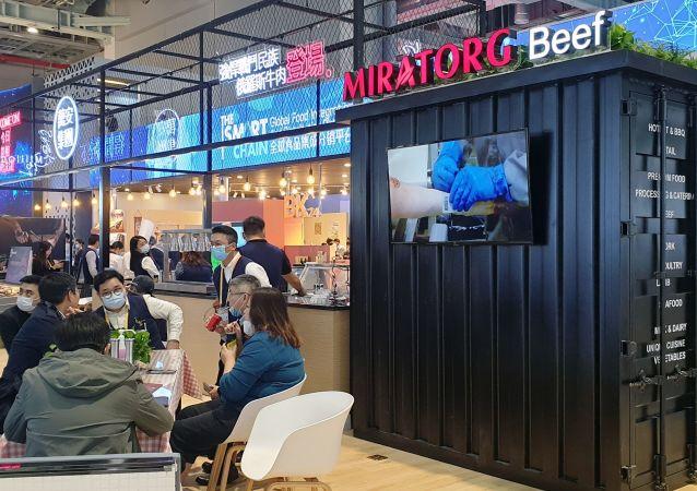 第二届中国-中东欧国家博览会暨国际消费品博览会在宁波举行