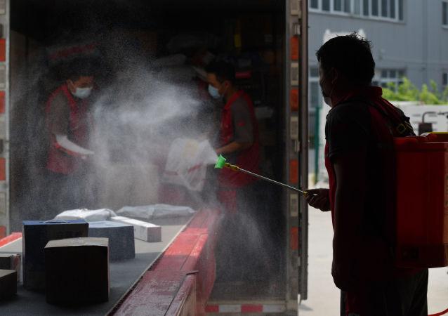 中国11月18日新增新冠确诊病例12例 均为境外输入病例