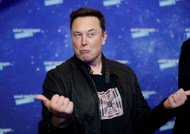 SpaceX和特斯拉创始人马斯克24小时损失近140亿美元