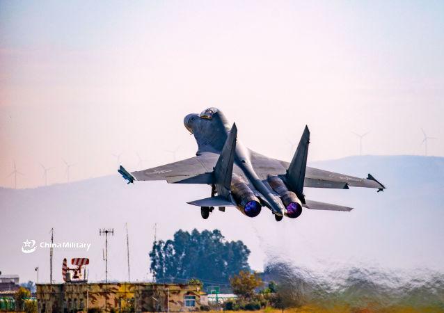 台军:大陆创纪录的38架次军机10月1日进入台湾地区空域