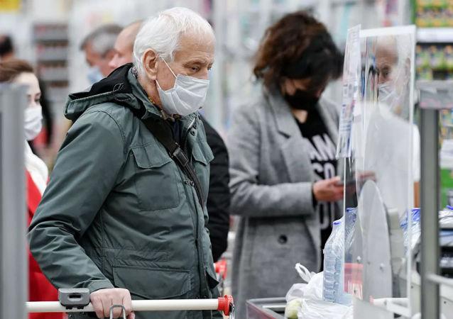 俄防疫指揮部:俄單日新增新冠病毒感染病例12505例 累計超518萬例