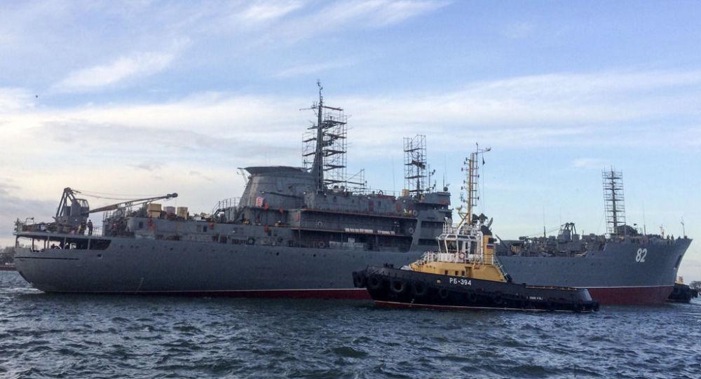 PM-82修理船