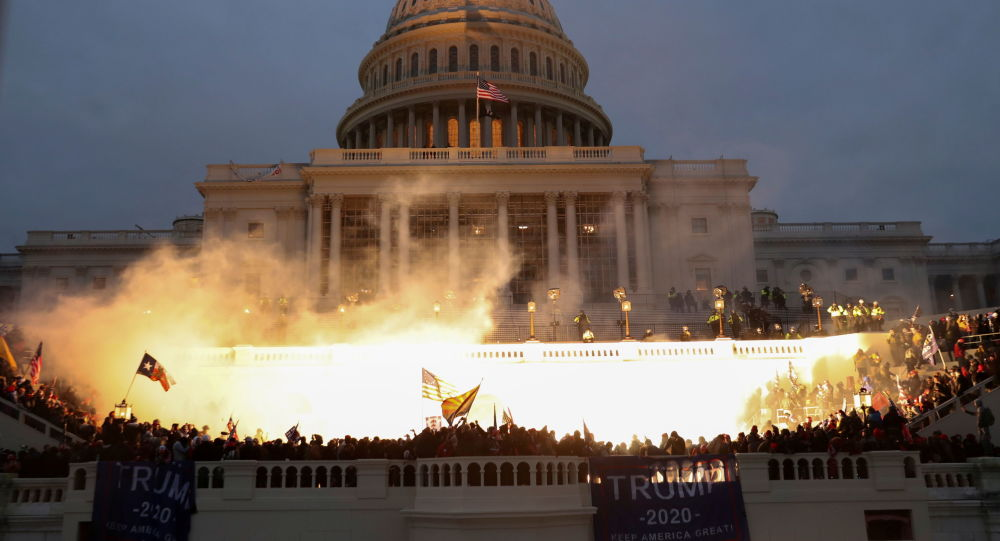美国总统特朗普谴责国会大厦暴力事件