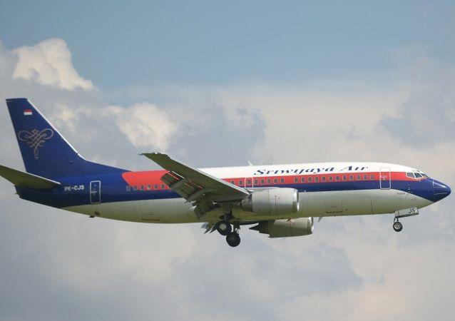 載有數十名乘客的印尼三佛齊航空(Sriwijaya Air)公司的客機墜入水中,飛機殘骸已經找到