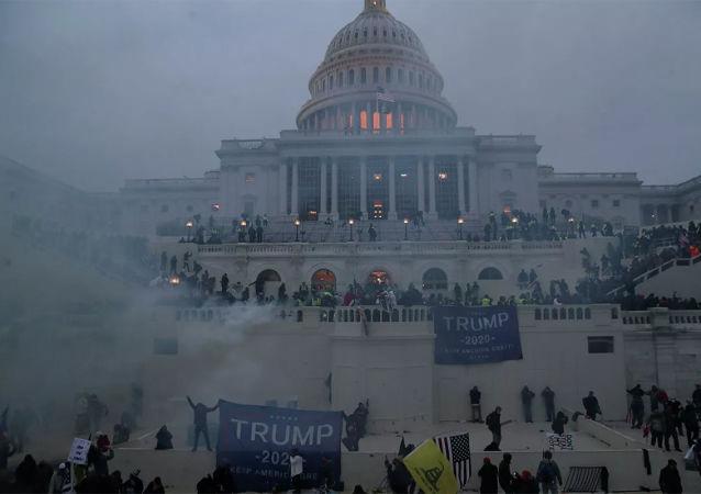 媒體:多名美國國會大廈警員在騷亂後遭調查