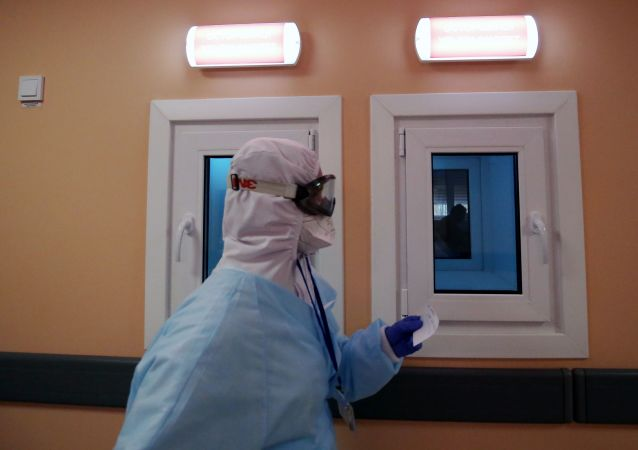 俄防疫指揮部:俄單日新增新冠病毒感染病例22041例 累計超739.8萬例