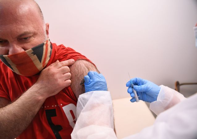 俄衛生部長:俄羅斯已有超過2300萬人接種新冠疫苗第一劑