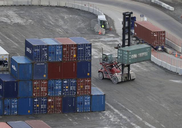 美国专家评估中断与中国经贸合作所造成的损失