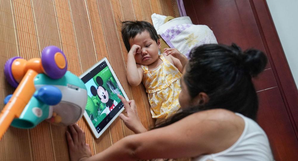 保护儿童视力:教育部呼吁假期少读书多活动