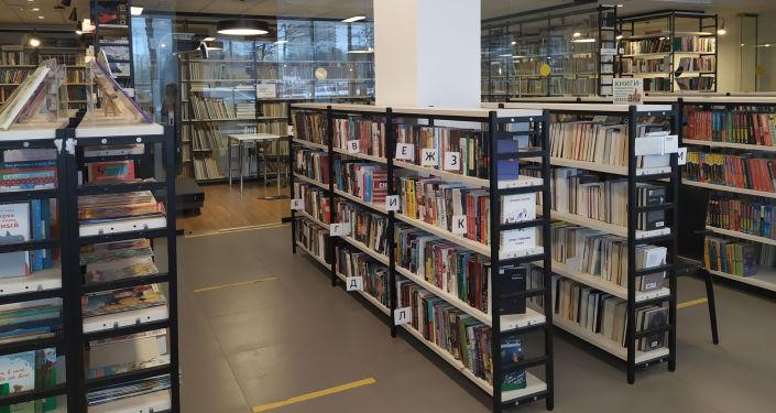 图书馆中的所有书籍都可开放的