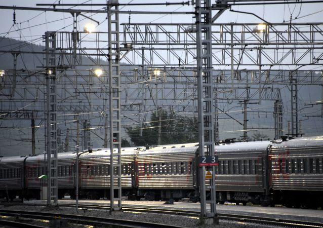 俄铁公司正研究阿尔泰前往中国的三个铁路线路方案