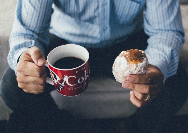 专家指出与咖啡一起食用的危险食品