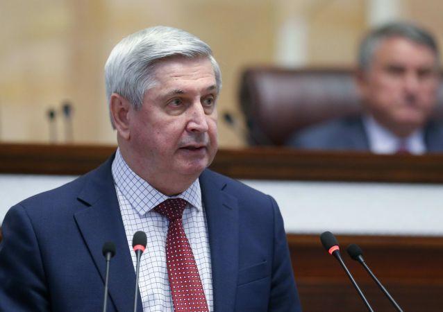 俄罗斯国家杜马第一副主席、 俄中友好协会主席伊万·梅利尼科夫