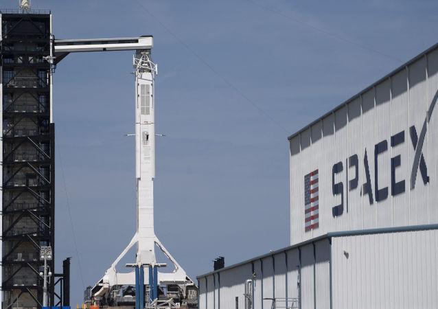 美SpaceX公司从五角大楼获得两颗卫星的发射合同