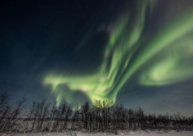 """""""俄罗斯航天系统"""":俄卫星将可预测北极光"""