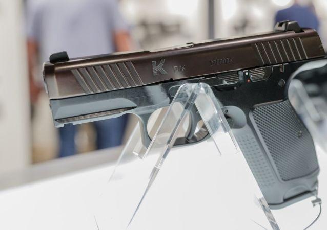 俄内务部将用列别杰夫手枪取代马卡罗夫手枪 相关合同正在准备中