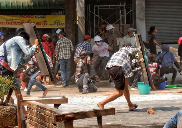 聯合國:緬甸危機已致930人死亡