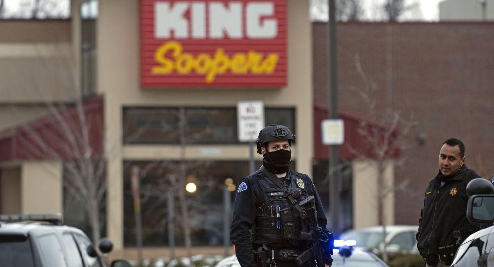 科罗拉多州超市枪击案