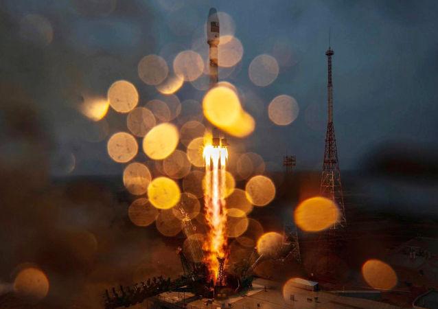 从拜科努尔火箭发射场的燃烧火箭中救出航天员的将军去世