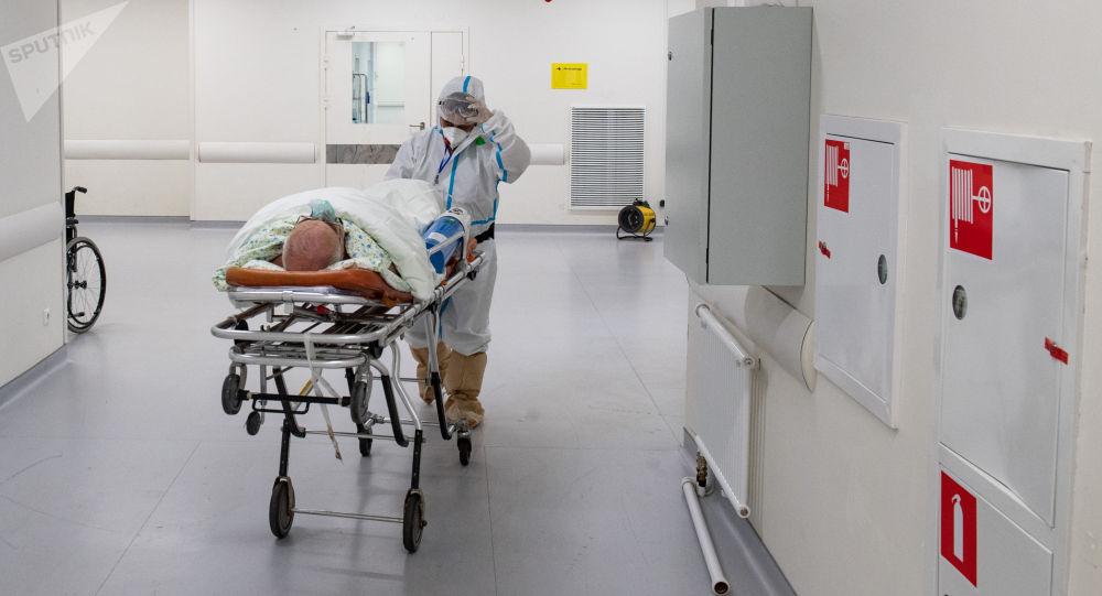 俄防疫指挥部:俄单日新增新冠病毒感染病例24072例 累计超612.6万例