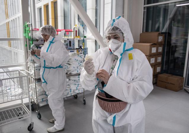 俄防疫指揮部:俄單日新增新冠病毒感染病例25140例 累計超580.8萬例