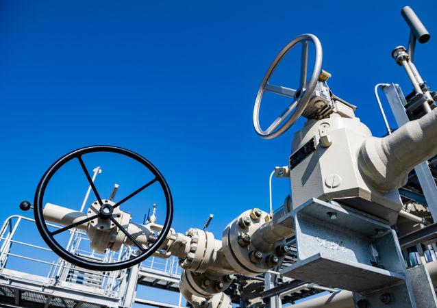 歐洲天然氣價格史上首次超過每千立方米950美元
