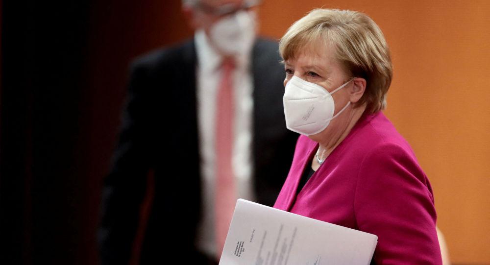 德国政府证实默克尔接种第二剂新冠疫苗