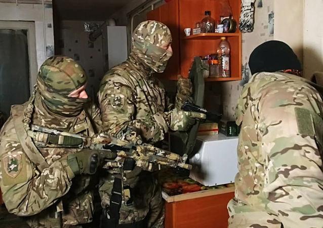 俄安全局:一名向乌克兰转交黑海舰队信息的俄罗斯人在塞瓦斯托波尔被捕