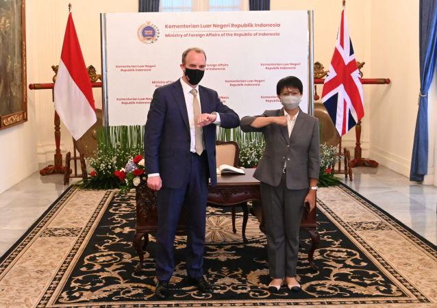 """英国拟开启与亚洲关系""""新时代"""""""