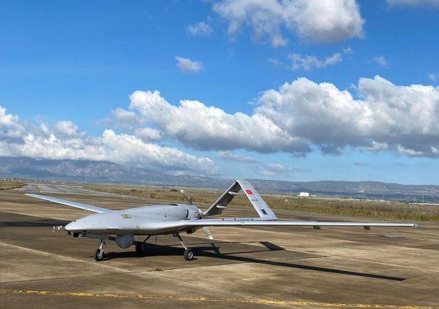 土耳其「旗手-TB2」無人機在烏克蘭進行測試