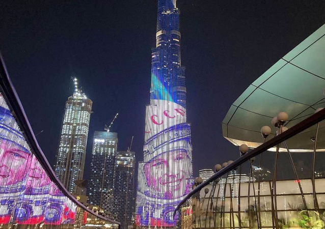 阿聯酋用世界最高摩天大樓上影像緬懷加加林的飛行