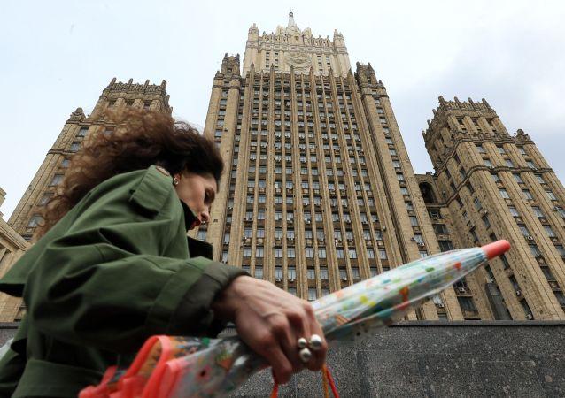 俄外交部:莫斯科將與北約各成員國首都就歐洲安全問題保持接觸