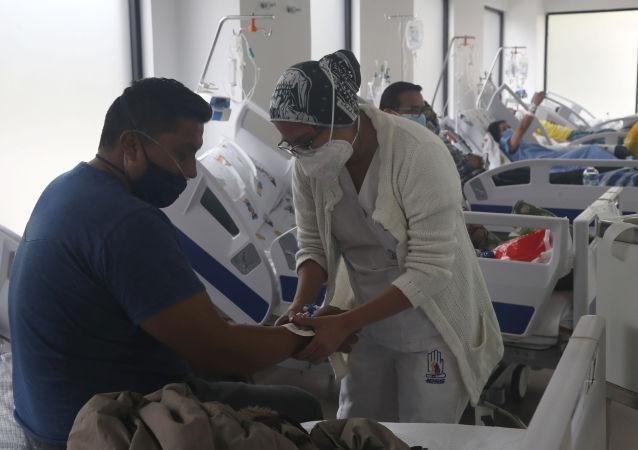 厄瓜多尔因新冠疫情再次进入紧急状态并实施宵禁