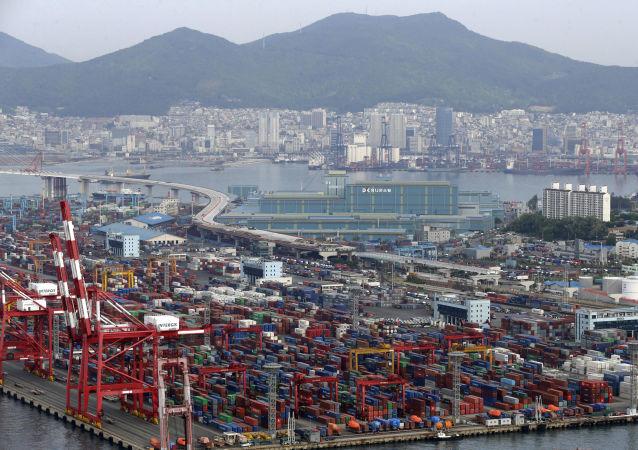 俄工贸部:并未收到有关韩国对俄商品出口不畅的反馈