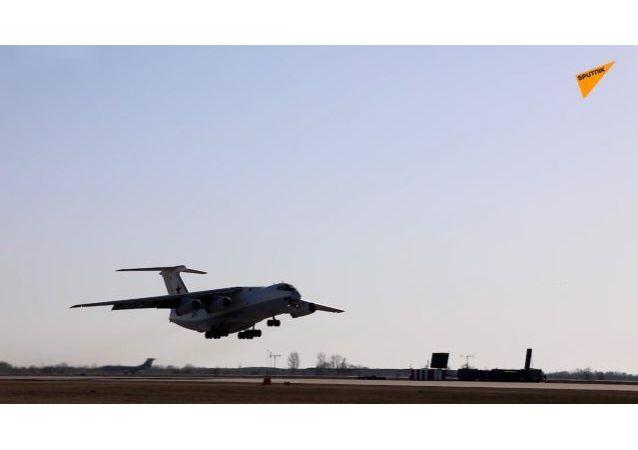 俄羅斯空天部隊進行勝利節航空方隊彩排訓練