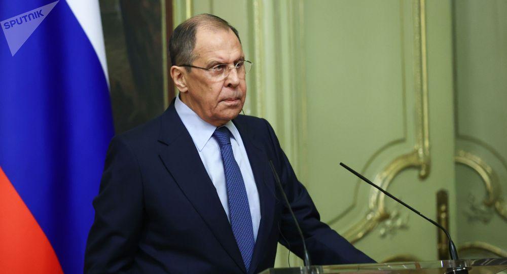 """俄外长:俄不会随意将任何国家列入""""不友好""""名单"""