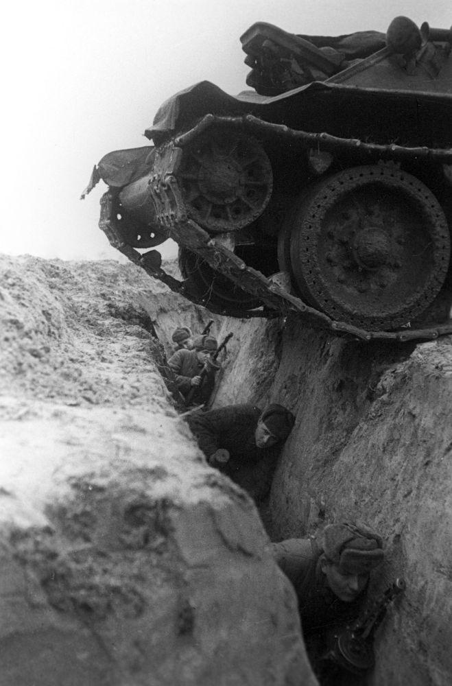 演習中的士兵們,布良斯克前線,1942年。